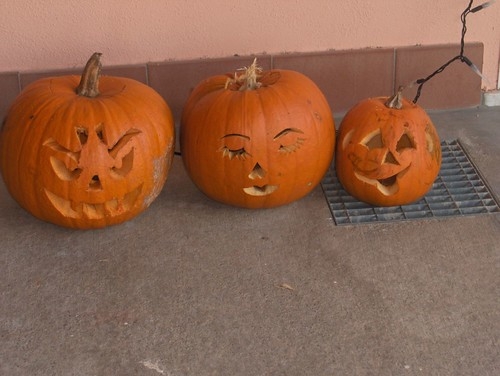 Family of Jack o lanterns