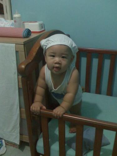 28-04-08_pants on head