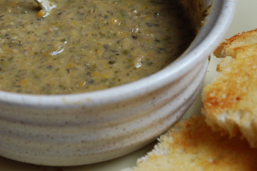 This soup goes well with sourdough toast