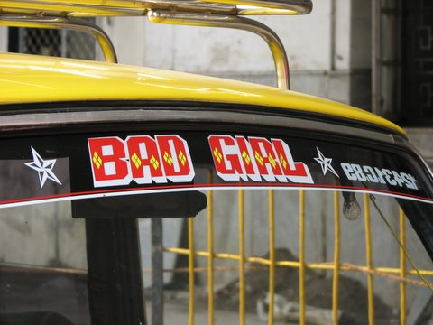 bad girl taxi 211207