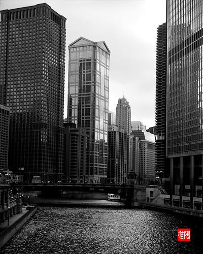 ZecaBettax CHI Acros100 ChicagoRiverW01B