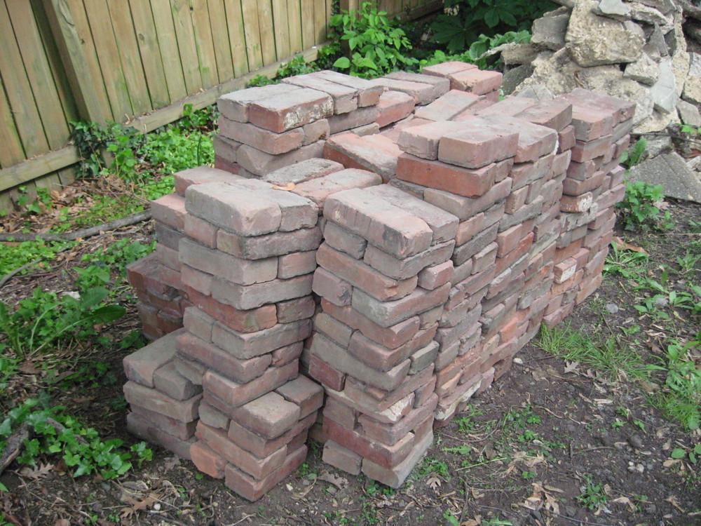 Free brick