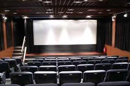 Sala de cine por ti.