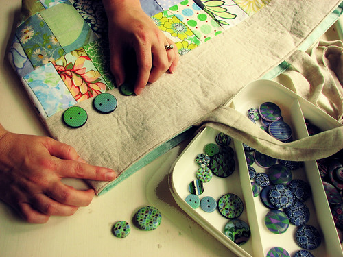 A Month of Hands: 17/31 :: Auditioning Buttons