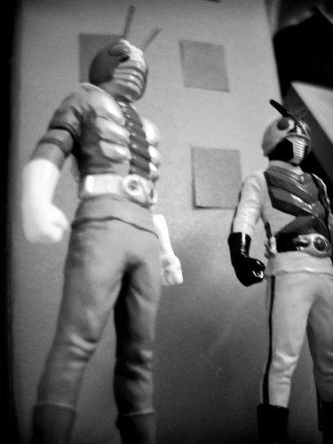 V1-Kamen-Rider-One