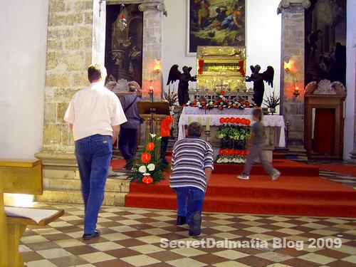 St Simeons open sarcophagus on Oct. 8th 2009