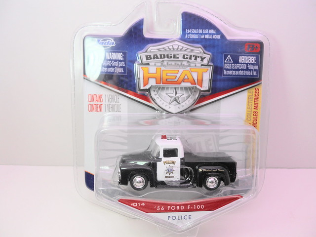jada toys badge city heat wave 2 '56 ford f-100 police (1)