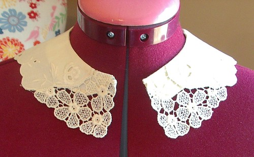 machine lace and fabric vintage collar