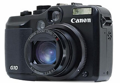 Canon G10 (front view)