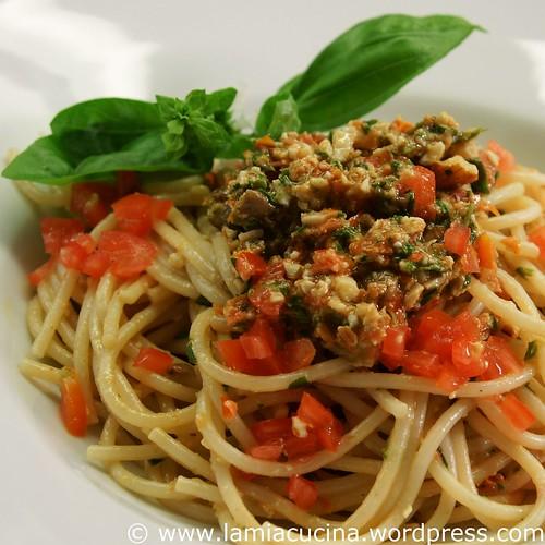 Spaghetti con pesto alla trapanese 0_2009 07 13_1450