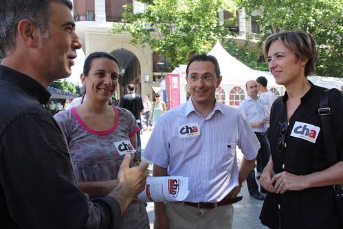 CHA, visitando la Feria del Libro de Zaragoza