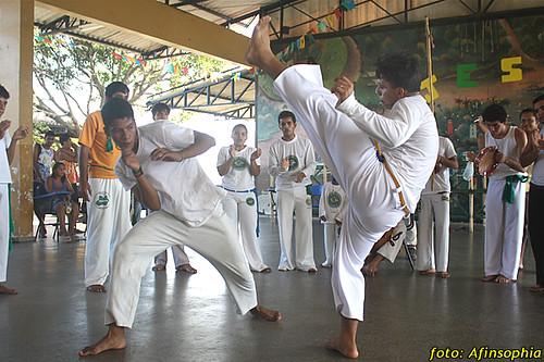 Capoeira Oxalá 12 por você.