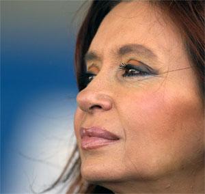 La Presidente de la Nación Argentina, NO la Reina.