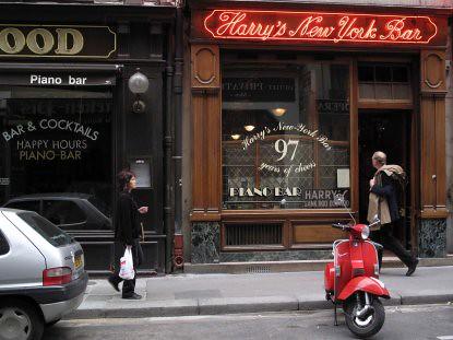 9f20 Brentanos Harrys calle varios036 Harrys Bar baja