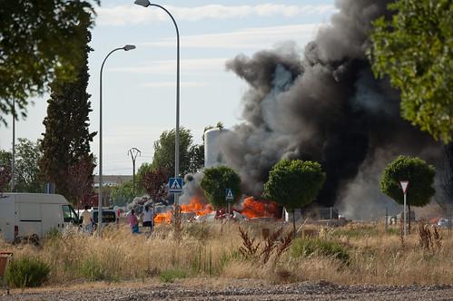 Incendio detrás de la fábrica GAL (II)