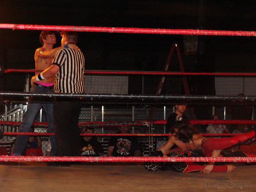 Mike Sydal causes a distraction, allowing Brandon Aarons to cover Super Electro for the win. Photo by Kari Williams