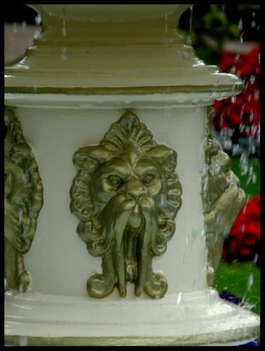 Dingle Garden, fountain lion