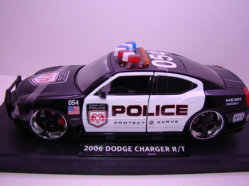 Jada Toys Dodge Charger Police (3)