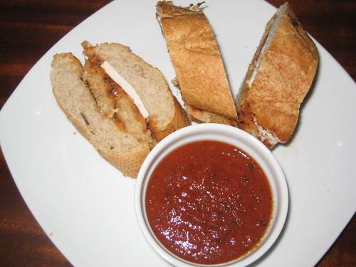 Cluckphrey Teese Sandwich