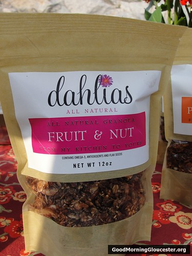 Dahlias All Natural Fruit and Nut Granola