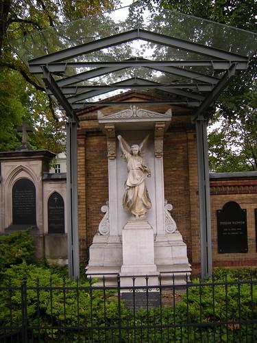 Dorfkirche Schöneberg - Friedhofsengel