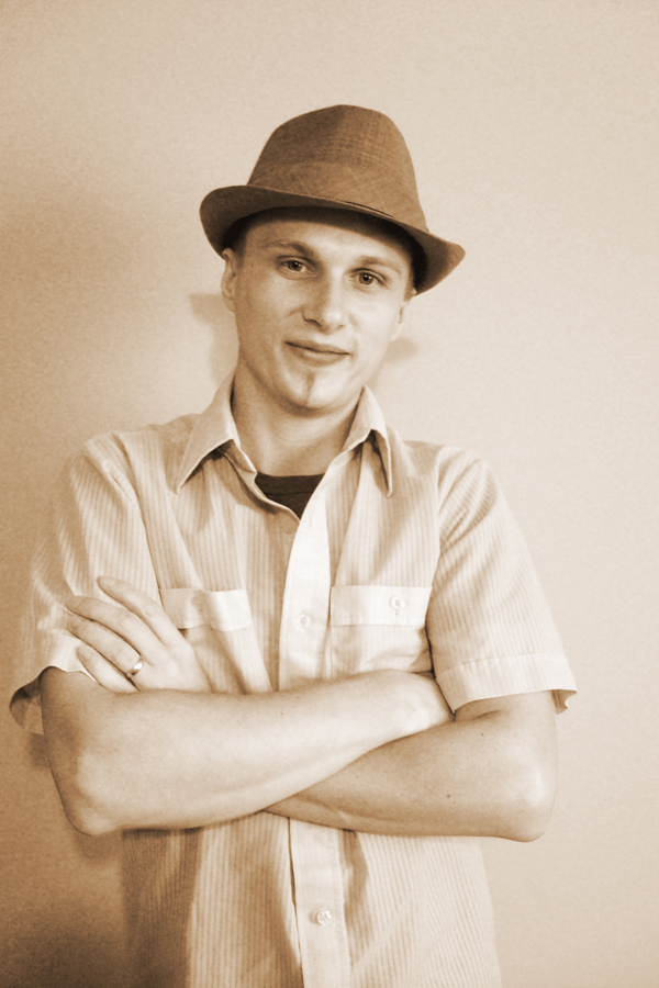 portrait of hubby, with hat