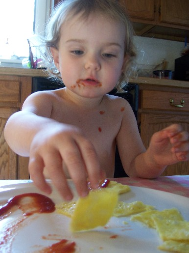 maxine_ketchup_eggs