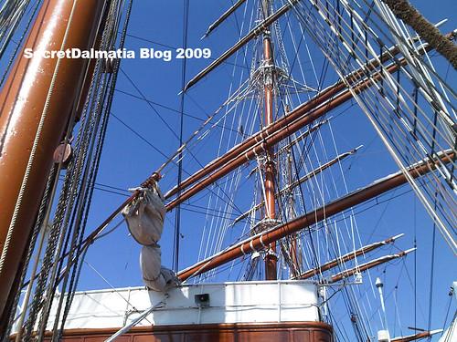 The masts...