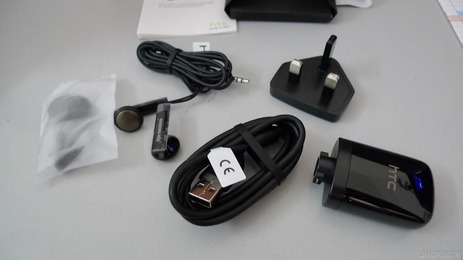 HTC IS - 04