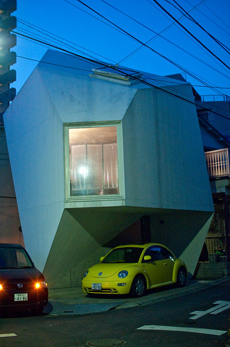 Polygonal house