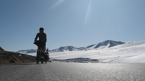 Suusamyr - Too mountains