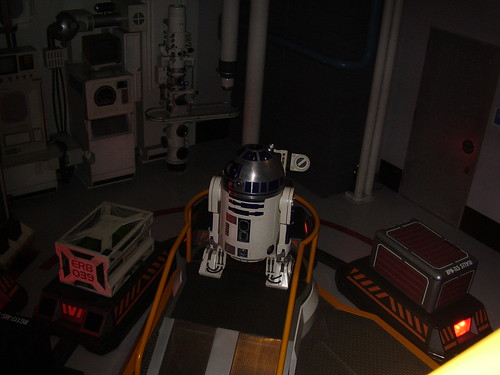 Star Wars themed, Star Tours - R2D2