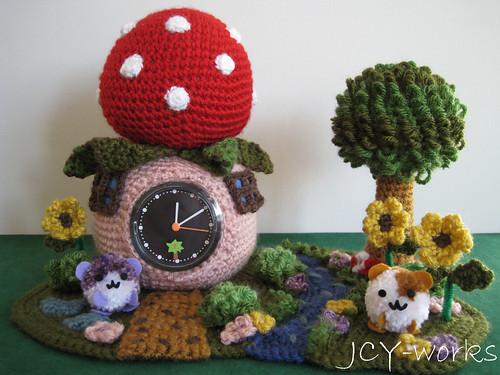 StrawberryClockHamsterGarden05