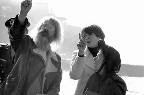 Hal Ashby on the set of Harold and Maude (1970)