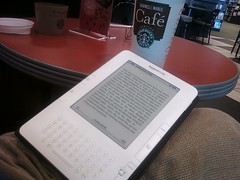 Kindle at the Barnes & Noble Cafe