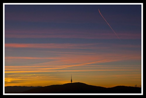 Jet Trails over Canberra-1