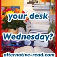 SASSY'S BOOK BLOG MEME: What's on your desk Wednesday?