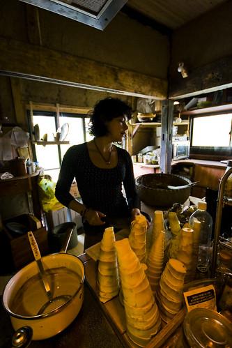 Louise from england preparing takenoko.