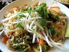 Noodles & Company's Indonesian Peanut Sauté