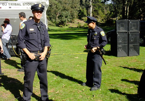 DJ Garth (Wicked) VS SFPD. DJ Tribal Stompy-Stomp. Golden Gate Park. 2009. Sometimes in life you get what you paid for. FREE 2