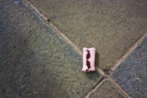 An abandoned tash at the Knit Crawl end