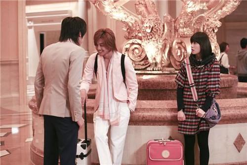 Esok harinya, Jan Di dan Ji Hoo yang hendak kembali ke Korea bertemu dengan seorang teman lama. Dia adalah teman Ji Hoo, bernama Ming. Mereka berdua terpaksa menginap satu malam lagi di Makau, tepatnya di rumah mewah milik Ming. Ming mengingatkan Ji Hoo bila dia telah jatuh cinta pada Jan Di, seperti dulu Ji Hoo jatuh cinta kepada Min Seo Hyun.
