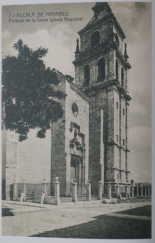 Portada de la iglesia Magistral