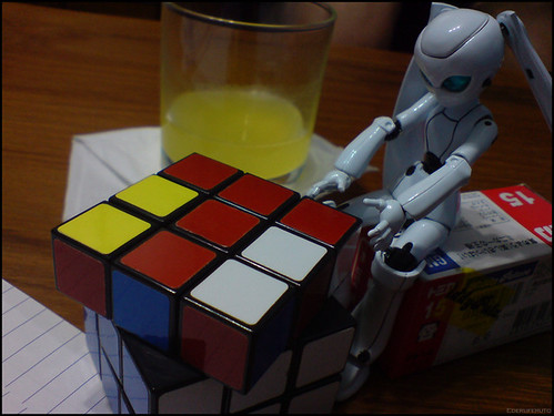 Ojou-sama & Rubix cube 02