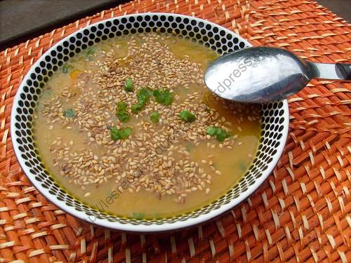 Soupe aux carottes et à la ciboulette / Carrot and chive soup