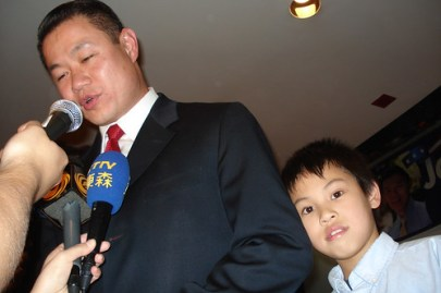 City Comptroller-elect John Liu talks to ethnic media outlets during his victory party in November - Photo: Ewa Kern-Jedrychowska.