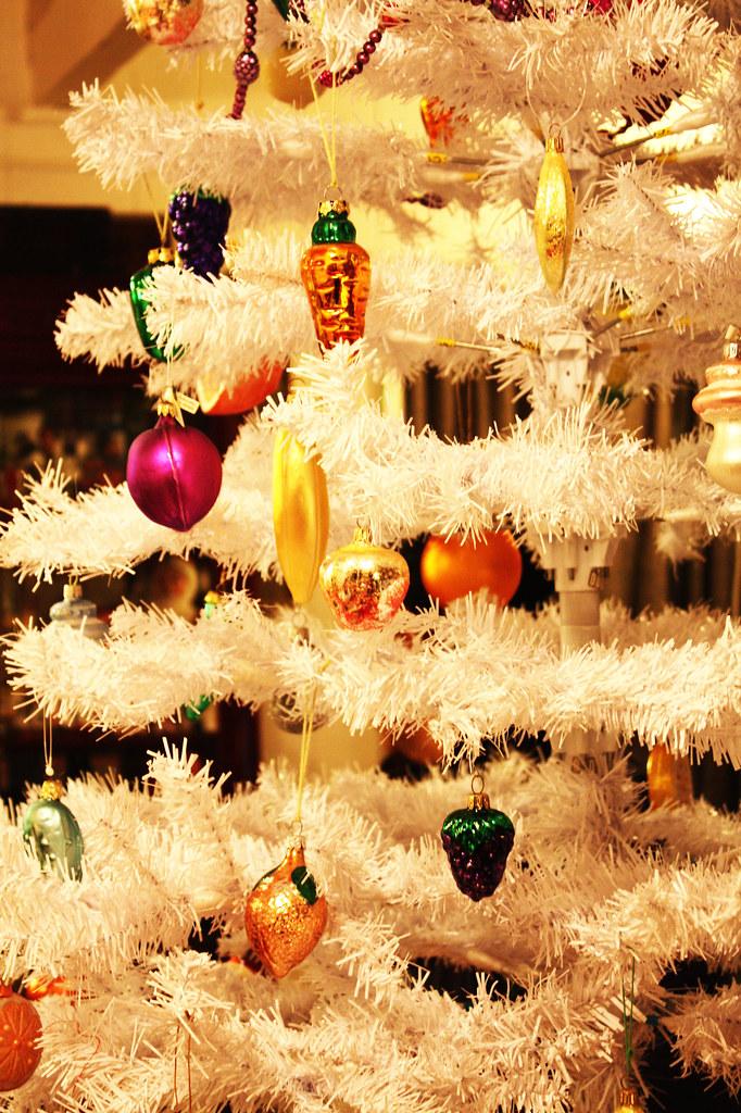 Fruit and Veggie Christmas Tree