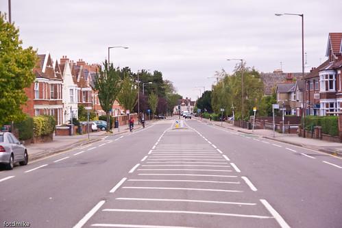 Bedford walkabout - Goldington Road _G109725