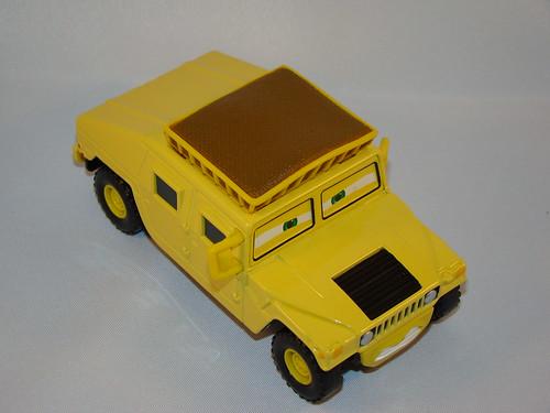 CARS Megasized Hummer Sven (3)