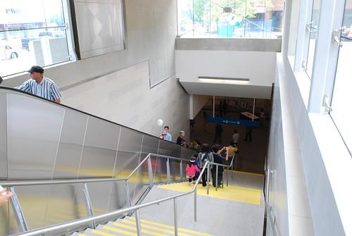 Entrance to Oakridge Station